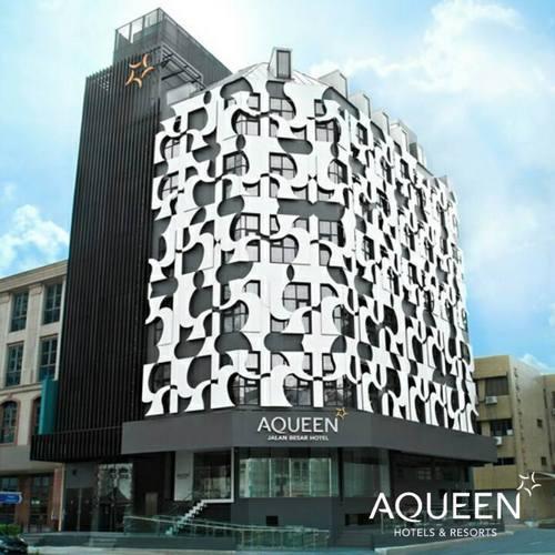 Aqueen Hotel Jalan Besar in Singapore.