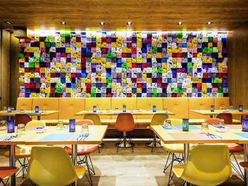 Chat & Chow restaurant at Ibis Styles Singapore On Macpherson hotel.