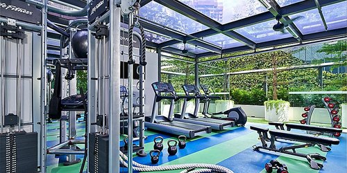 Fitness centre at Holiday Inn Express Singapore Orchard Road hotel.