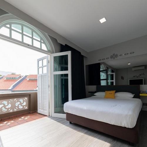 Guest room at Butternut Tree Hotel in Singapore.
