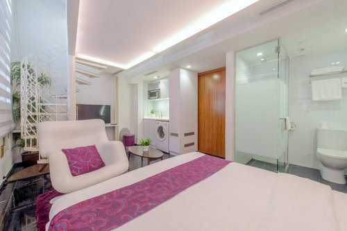 Urban Heritage room at Kai Hotel in Singapore.