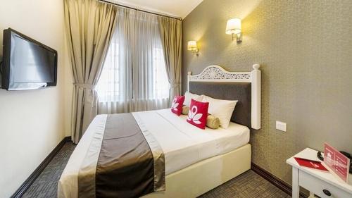 ZEN Rooms New Bridge Road Hotel in Singapore.