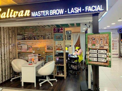 Salivan Brow & Lash salon at Far East Plaza mall in Singapore.