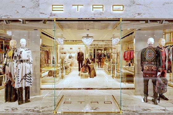 Etro Singapore - Paragon - Italian Designer Clothes.