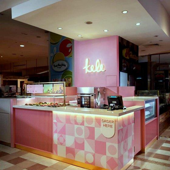Kele Roll Cake Shop in Singapore - Takashimaya Department Store.