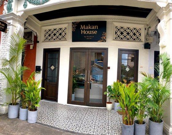 Makan House by Ollella.