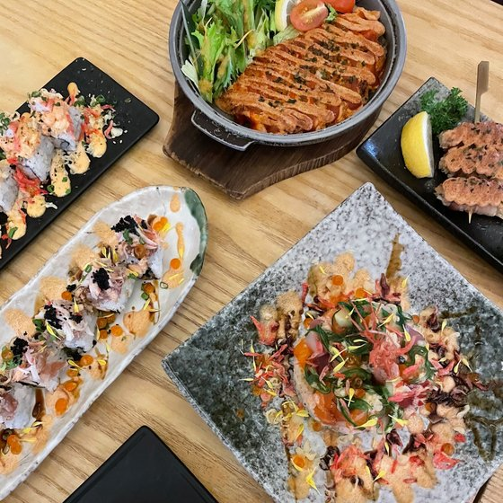 Sushi Restaurant in Singapore - Sushi Tei Outlets.