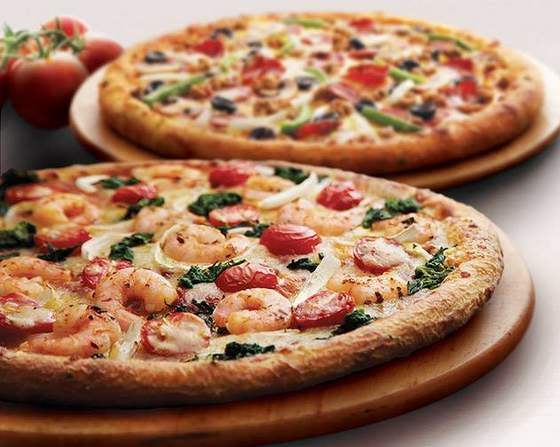 Domino's Pizza meal.