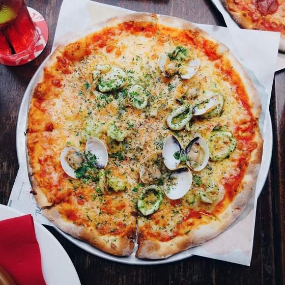 Frutti Di Mare Pizza.