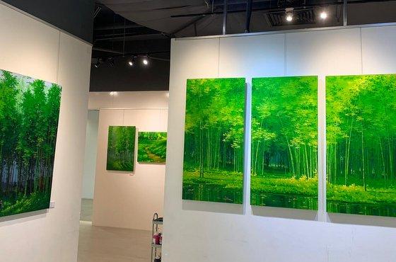 Art Exhibition in Singapore - West Coast Plaza.