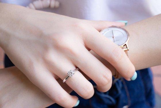 Michael Trio engagement rings in Singapore.