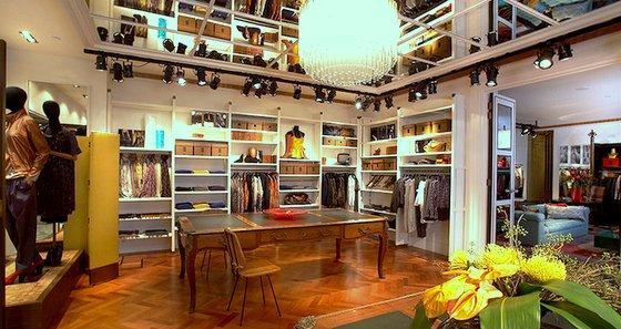 Dries Van Noten - Women's Designer Clothing in Singapore - Hilton Hotel Singapore.