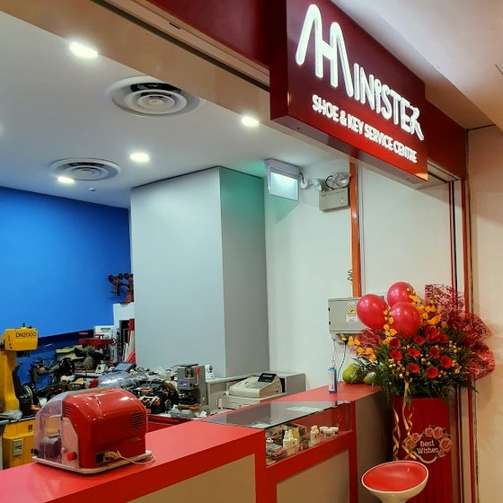 Minister Shoe & Key Service Centre in Singapore - Tampines 1.