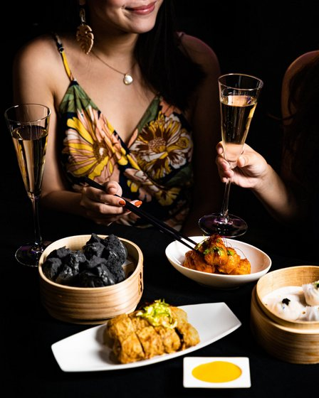 Cantonese Restaurant in Singapore - Mitzo Restaurant & Bar.