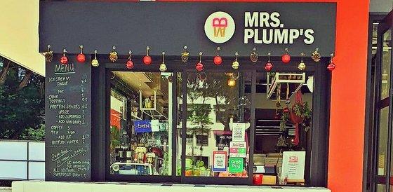Ice Cream Parlour in Singapore - Mrs. Plump's.
