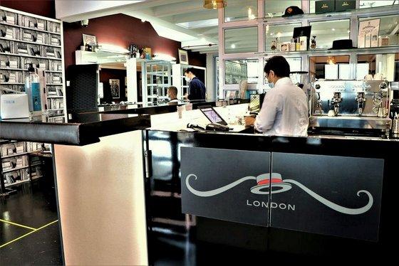 Luxury Barbershop in Singapore - Jermyn Street Barbers.