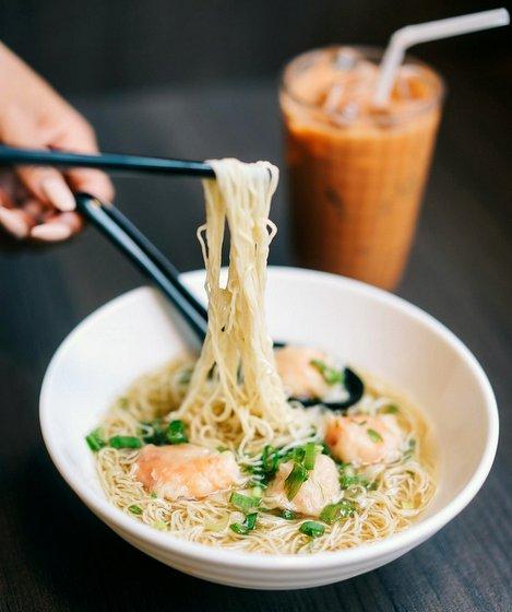 Hong Kong Food in Singapore - Prawn Wonton Noodle Soup - So Good Char Chan Tang.