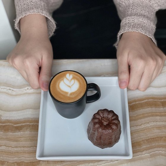 Coffee and Canele in Singapore - Fahrenheit Coffee.
