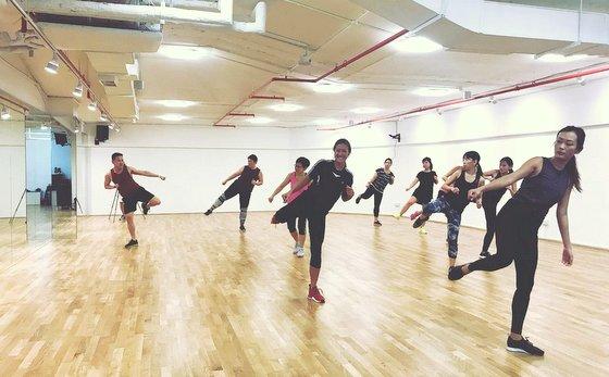 Les Mills Classes in Singapore - JR Fitness.