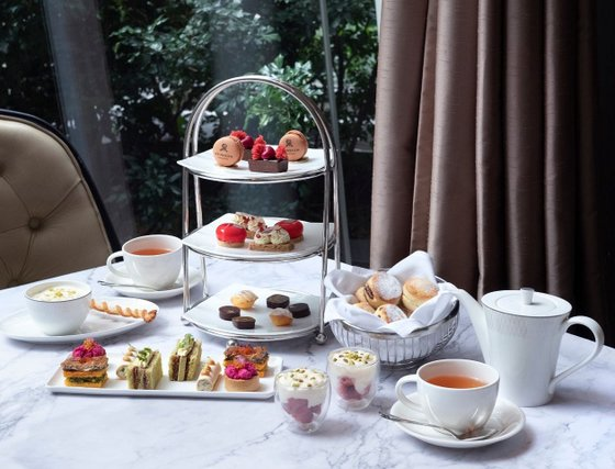 Afternoon Tea in Singapore - Brasserie Les Saveurs.