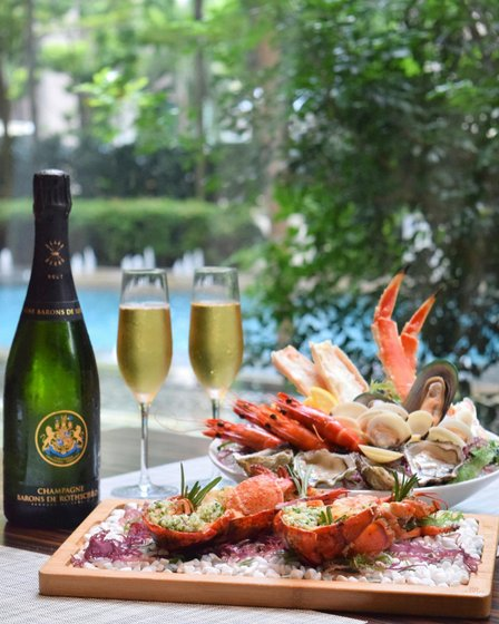 Champagne Brunch in Singapore - Brasserie Les Saveurs.