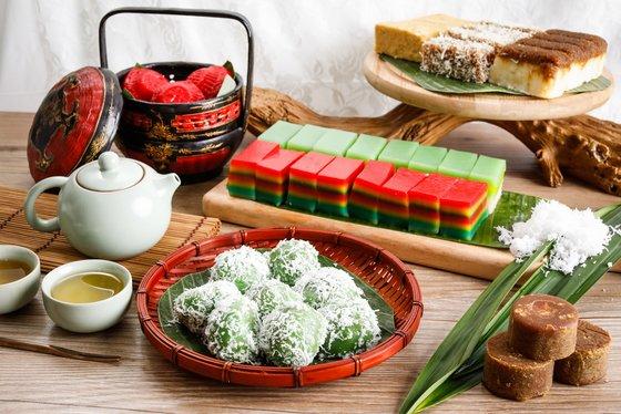 Kueh Lapis in Singapore - Lek Lim Nonya Cake Confectionery.