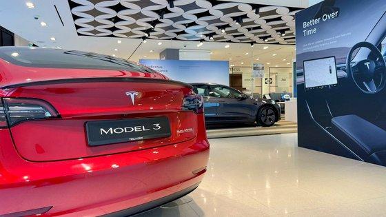 Tesla Dealership - Buy Electric Car in Singapore.